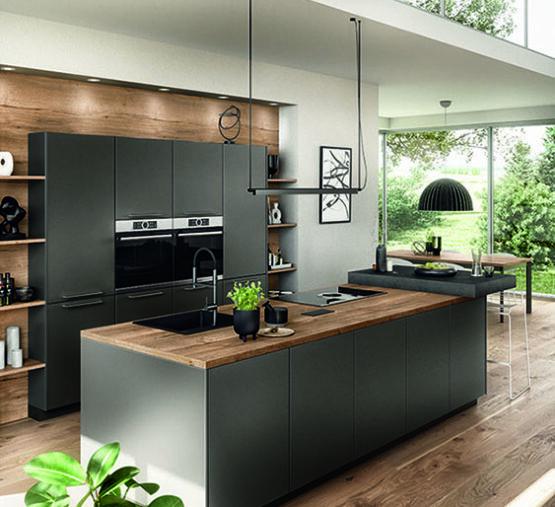 Keuken in uitbouw woonkamer