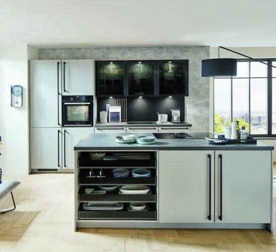 Klassieke keuken met composiet